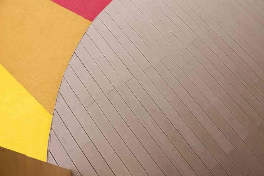 Беседка с настилом из доски ДПК Детский сад